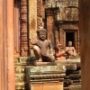 banteay-srey-statue