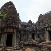 inner-courtyard-angkor-temples