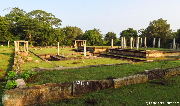 kings-palace-anurdhapura