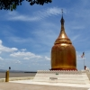 riverside-stupa-old-bagan
