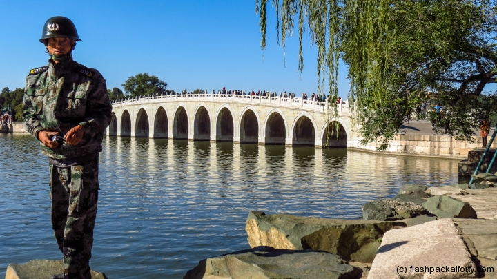 soldier-and-bridge-summer-palace-beijing