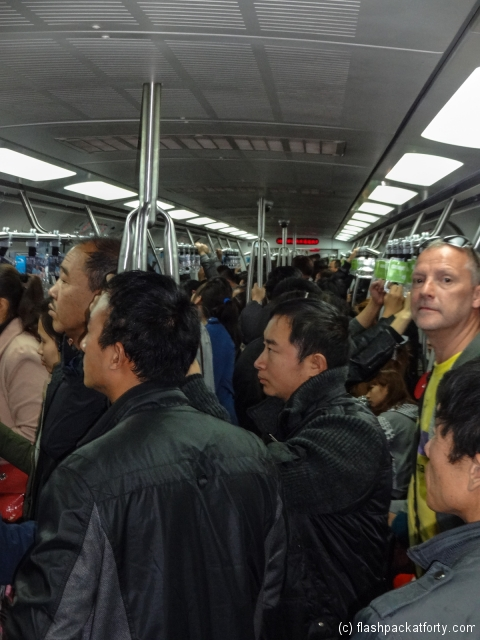 flashpacker-on-beijing-subway