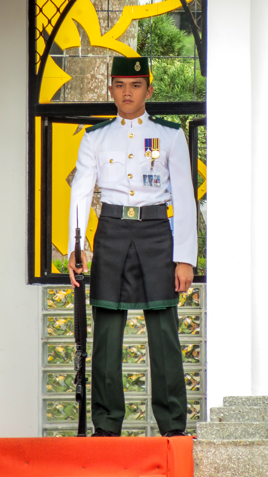 istana-nurul-iman-guard-at-post