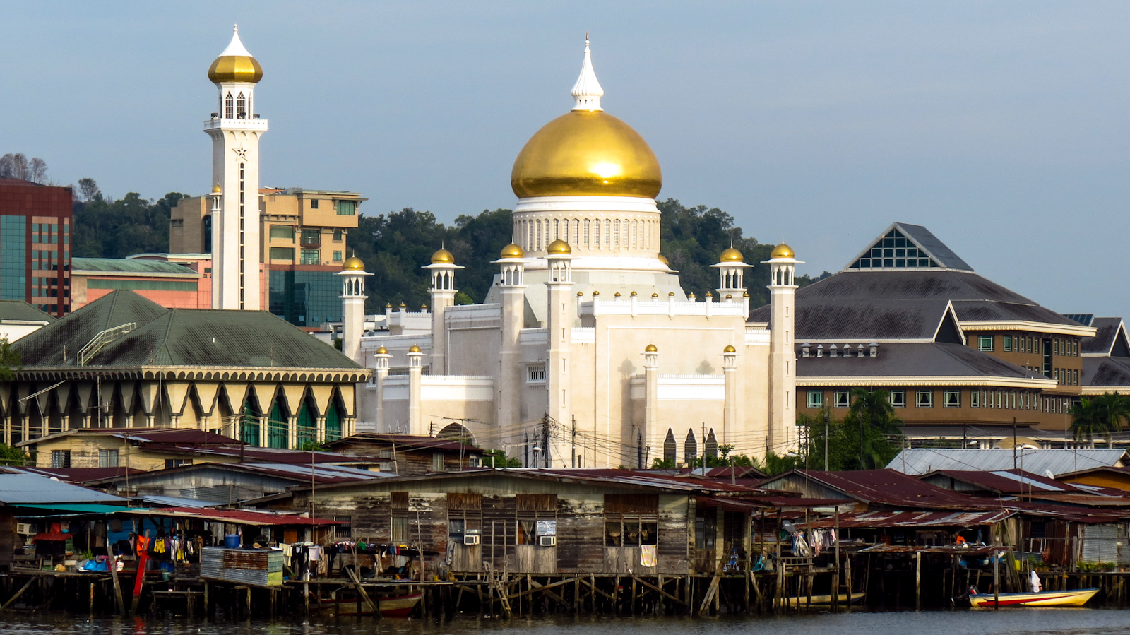 river-view-mosque-and-houses-brunei