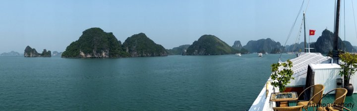 halong bay view 2