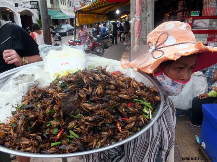 cricket-food-siem-reap
