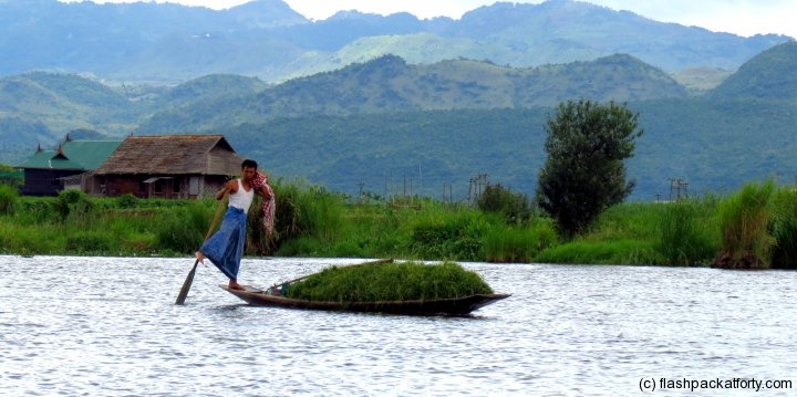 inle-lake-leg-rower