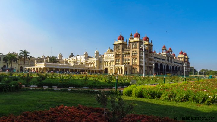 mysore-palace-india-with-gardens