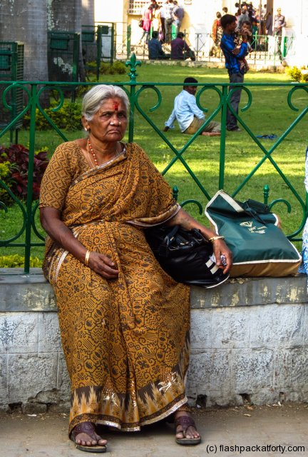 old-woman-waits-mysore-palace-india