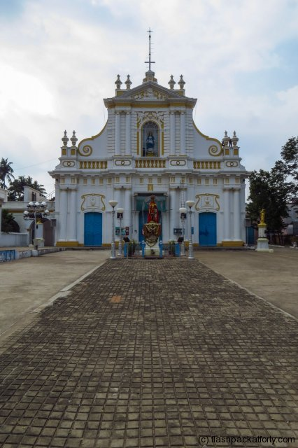 cathedral-of-our-lady-of-the-immacualate-conception-pondicherry