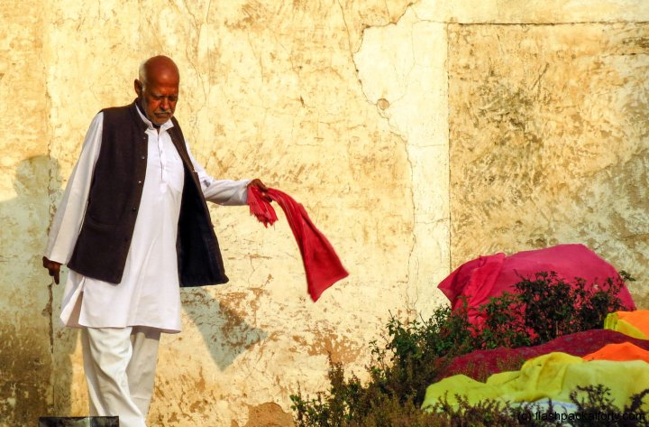 old-man-pushkar