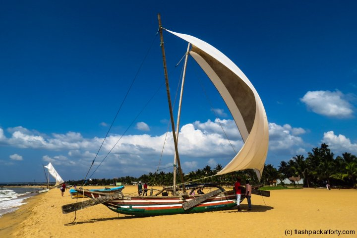 negombo-sails-full-of-wind