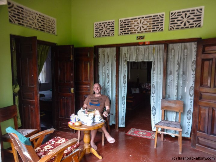 flashpacker-at-traditional-homestay-mirissa