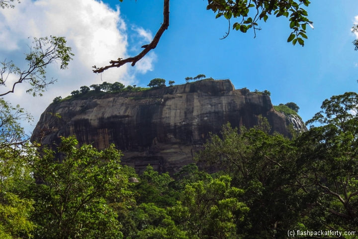 sigiriya-view-from-bottom