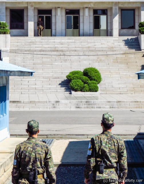 north-and-south-korea-soldiers-jsa-panmunjom
