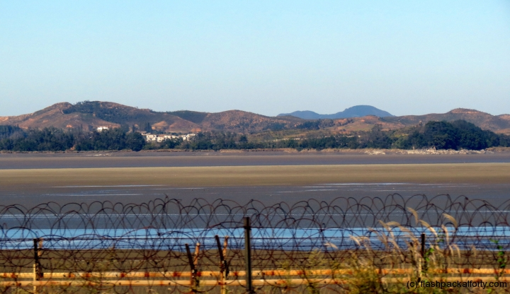 barbed-wire-north-korea-border