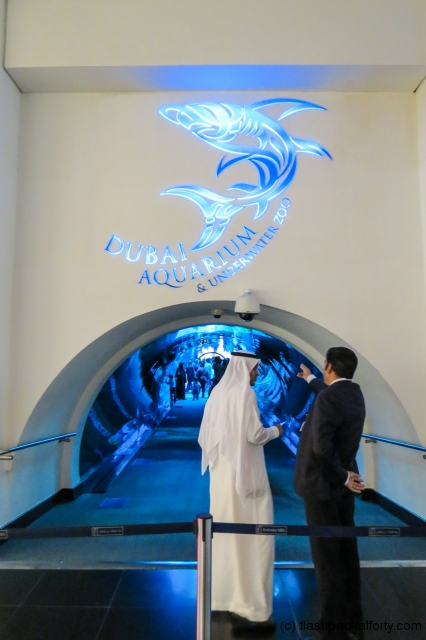 aquarium-tunnel-dubai