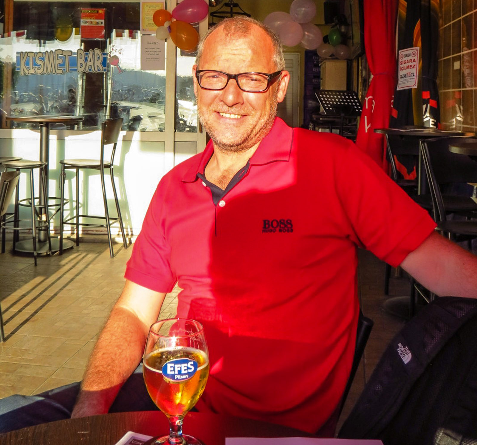 craig-with-an-efes-kismet-bar