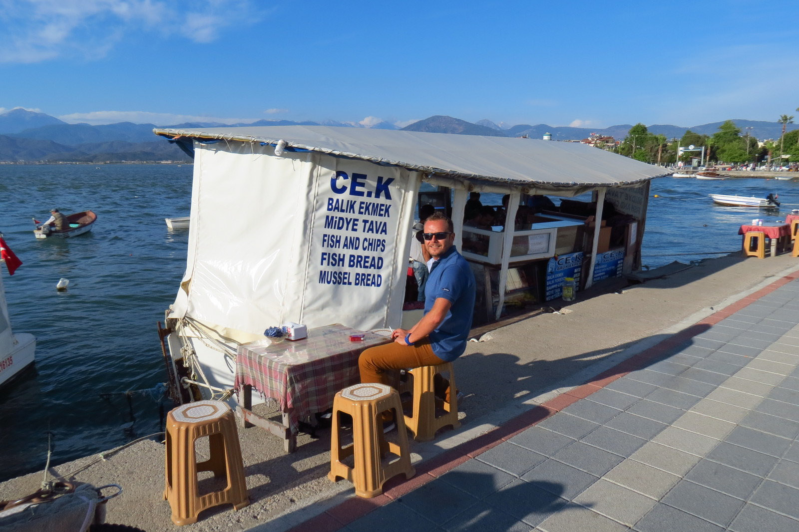 fish-cafe-on-fethiye-harbour