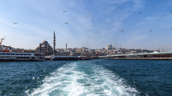 view-leaving-port-at-istanbul