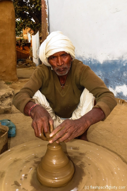 potter-at-work-rajasthan