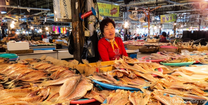 five-day-market-trader-with-dried-fish