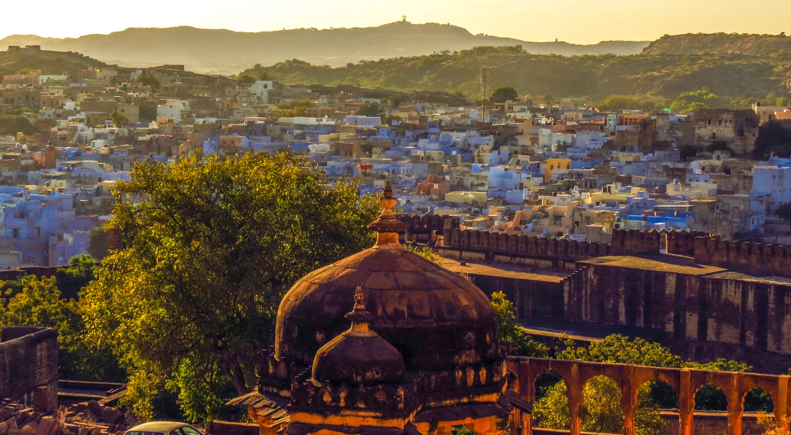 jodphur-fort-dome-and-blue-houses