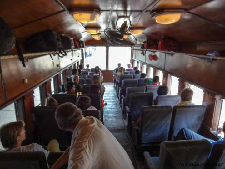 observation-car-sri-lankan-train
