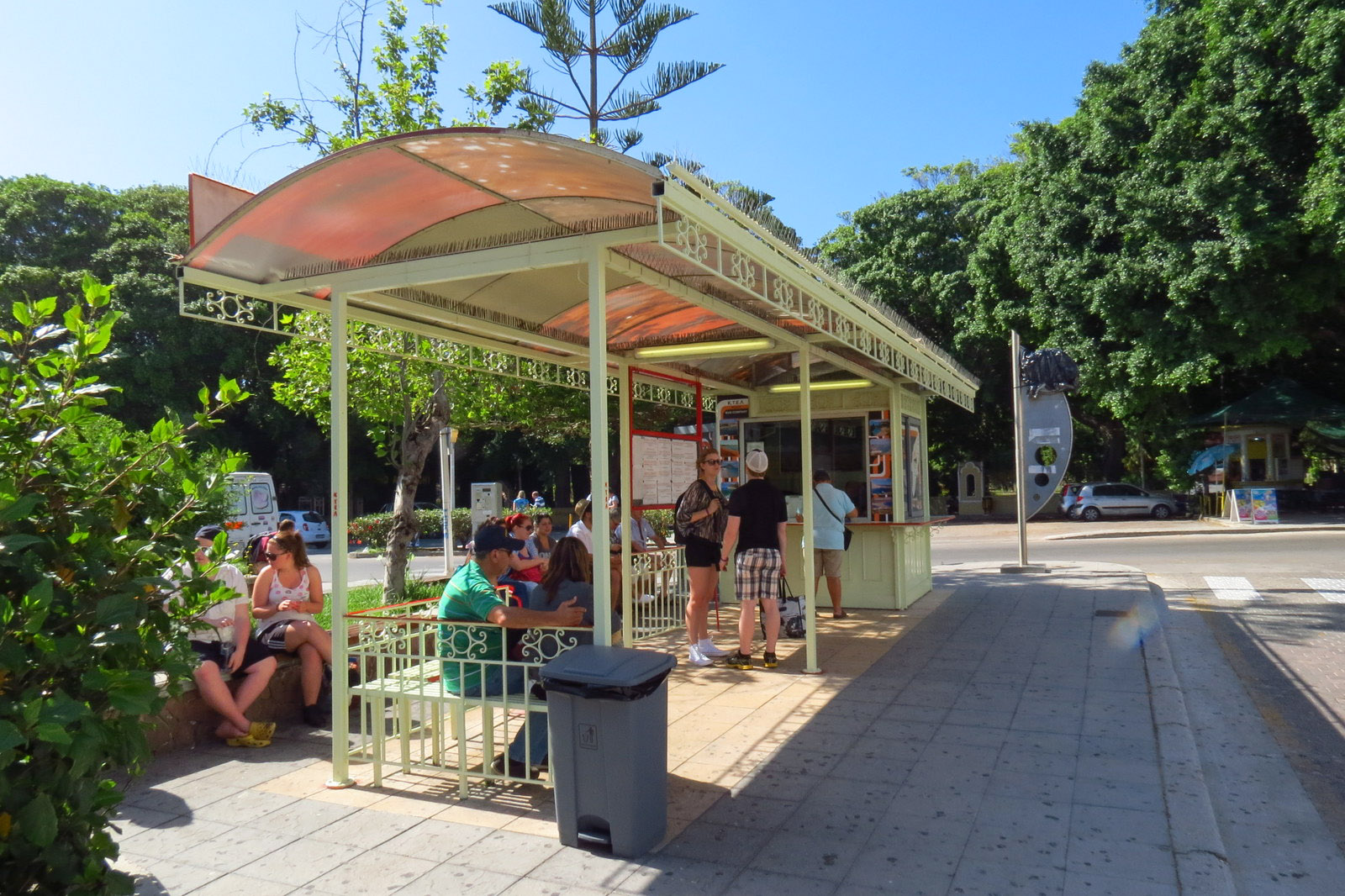 bus-station-rhodes-to-lindos