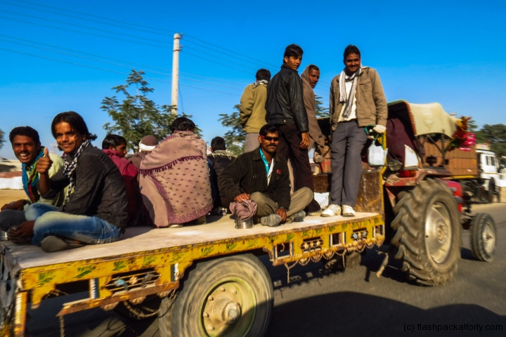 tractor-transport-mandawa-india