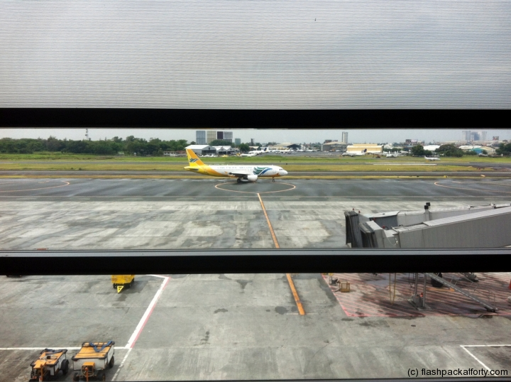 cebu-pacific-plane-manila-airport