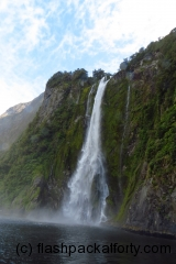 milford-sound-falls-sea-spray