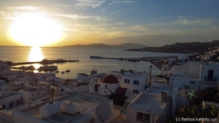 mykonos-harbour-sunset