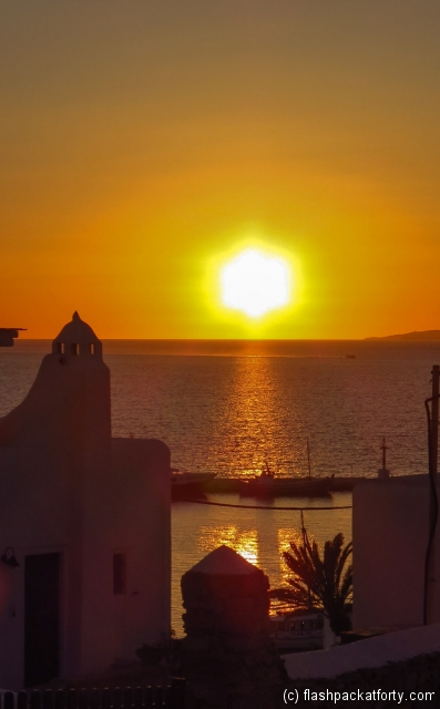 mykonos-sunset-from-hotel-ledra