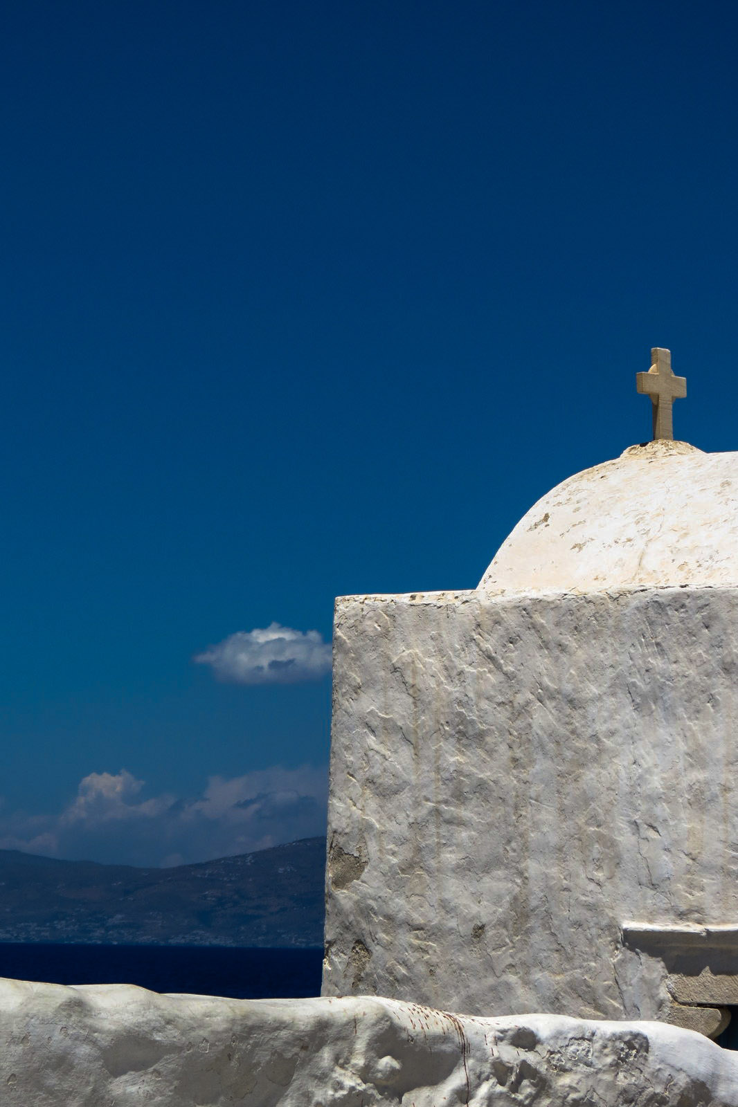 mykonos-cross-and-dome