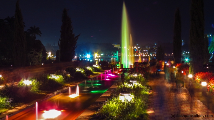 brindavan-garden-mysore-at-night