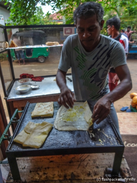 egg-roti-being-prepared