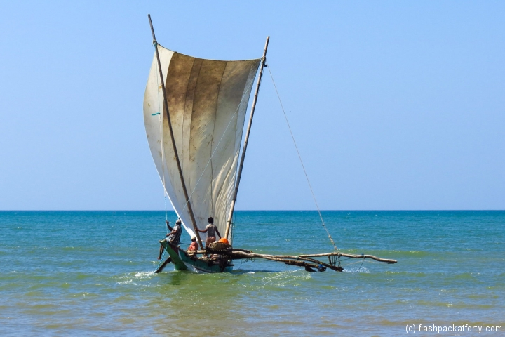 sailboat-at-sea-negombo