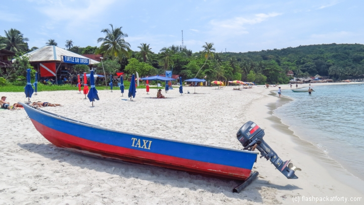 water-taxi-at-perhentian-islands