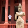 armless-national-museum-phnom-penh
