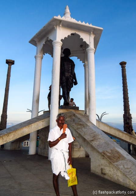 gahndi-statue-pondicherry