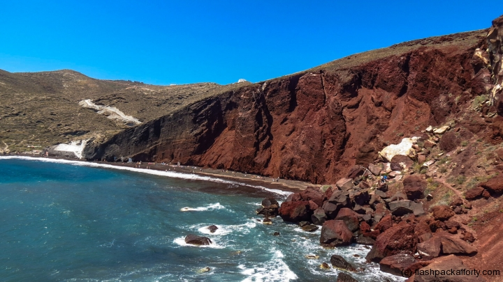 santorini-red-beach-and-cliff