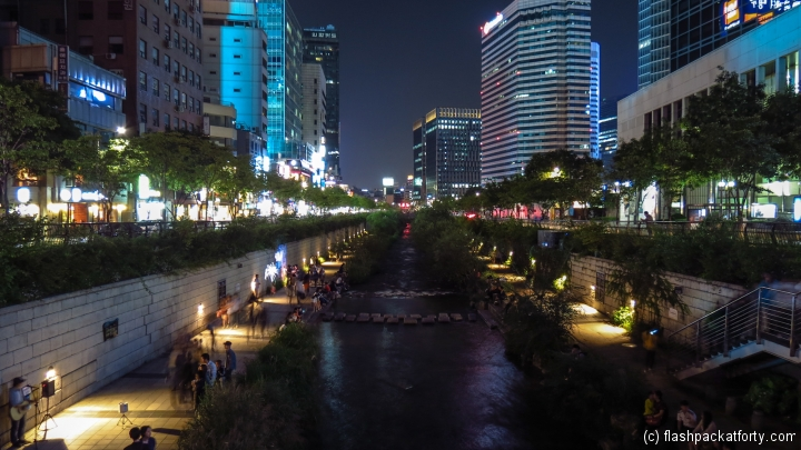 cheonggyecheon-stream-and-city-view
