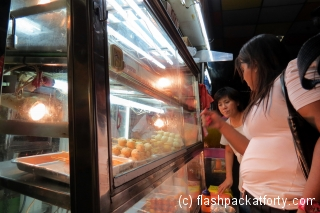 street-food-decisions-singapore