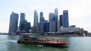marina-bay-and-river-taxi