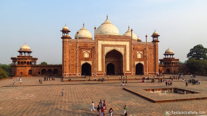 taj-mahal-south-gate