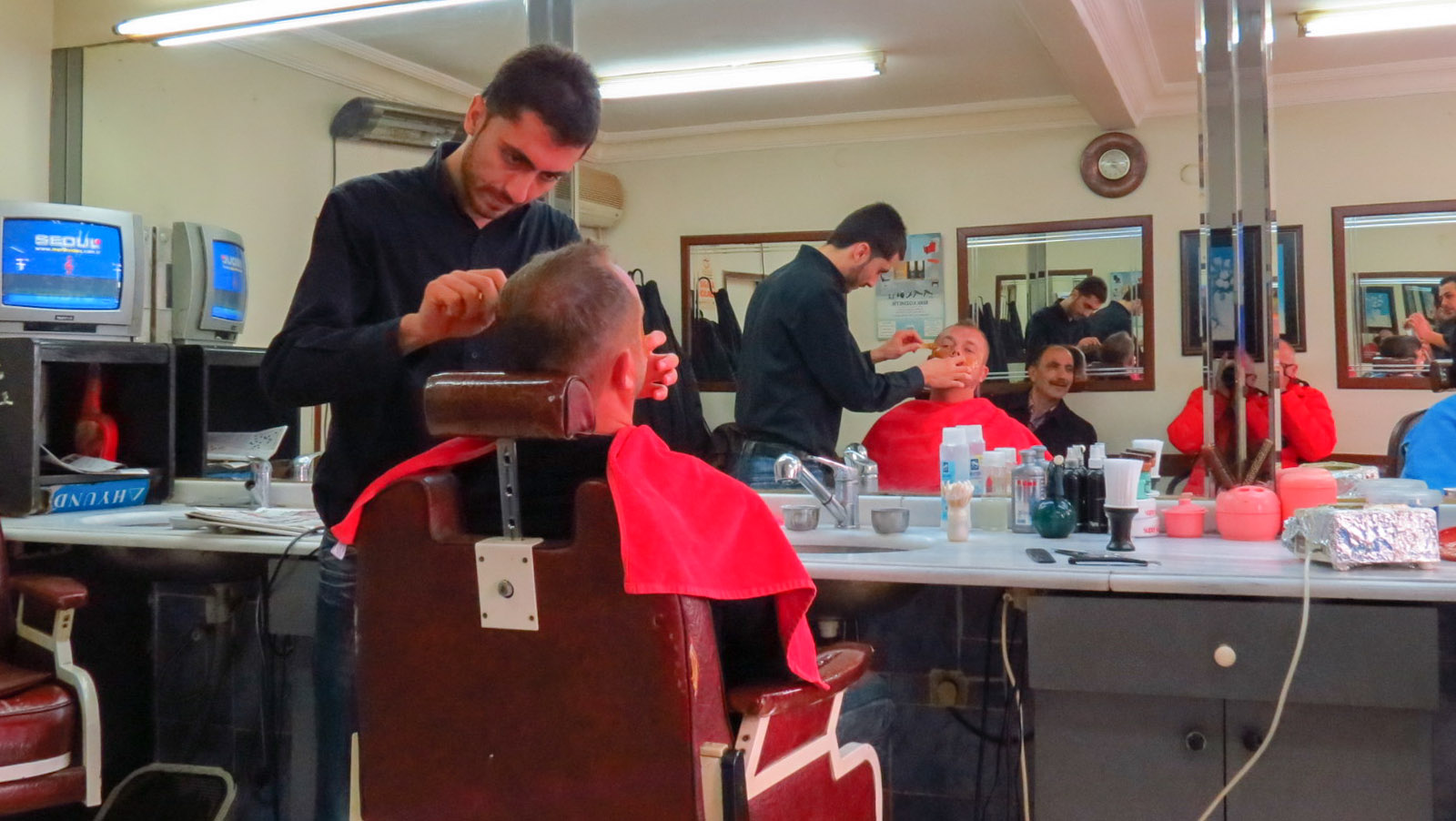 Male Pampering Getting A Shave In Turkey Flashpacking