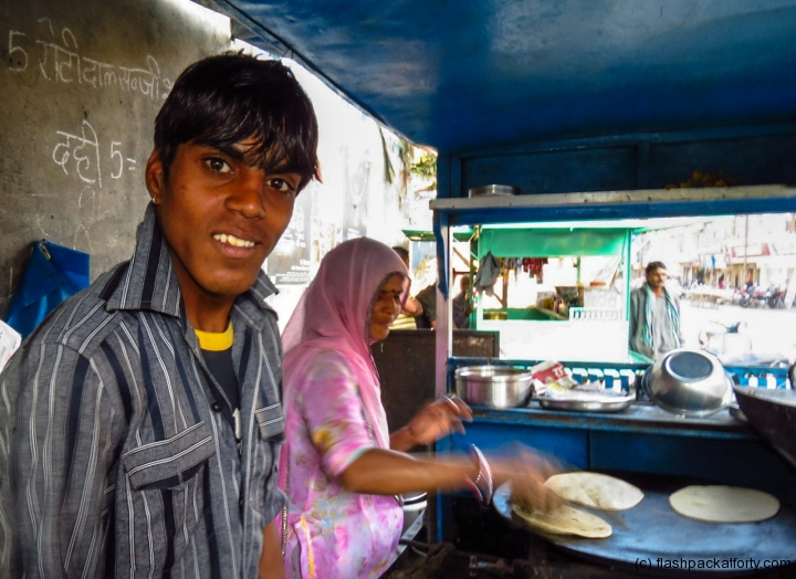 chapati-stall-family-son-portrait