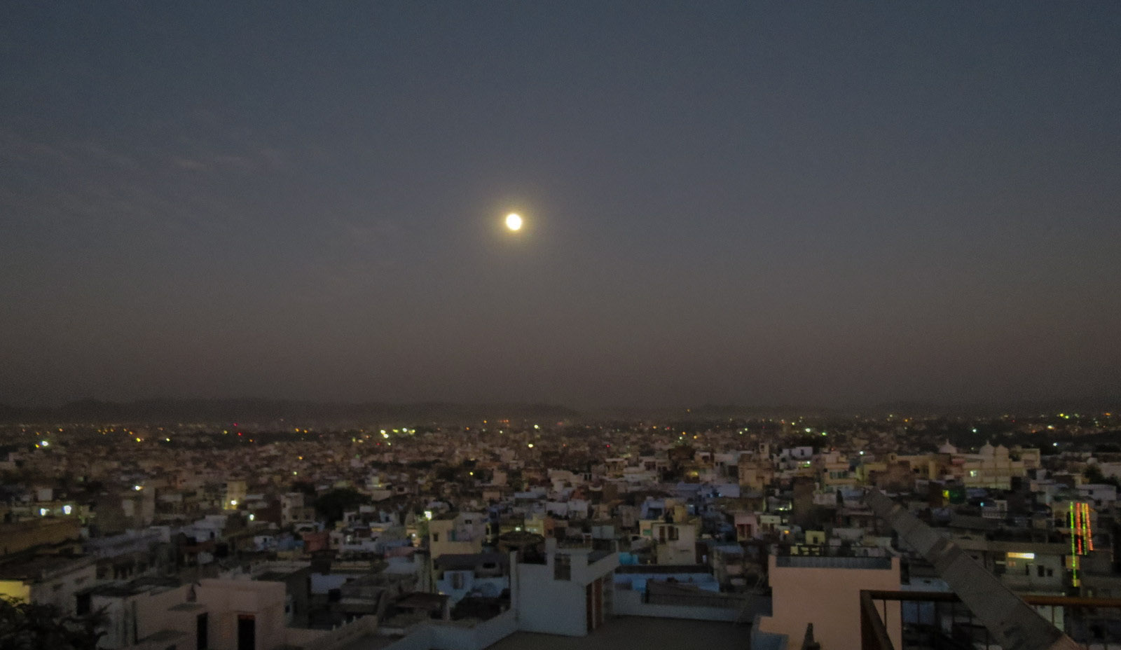moon-over-udaipur