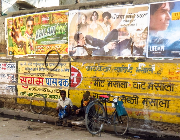 film-adverts-bike-and-men-varanasi-india